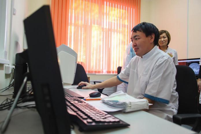 В Якутии до конца года 230 медучреждений подключат к интернету