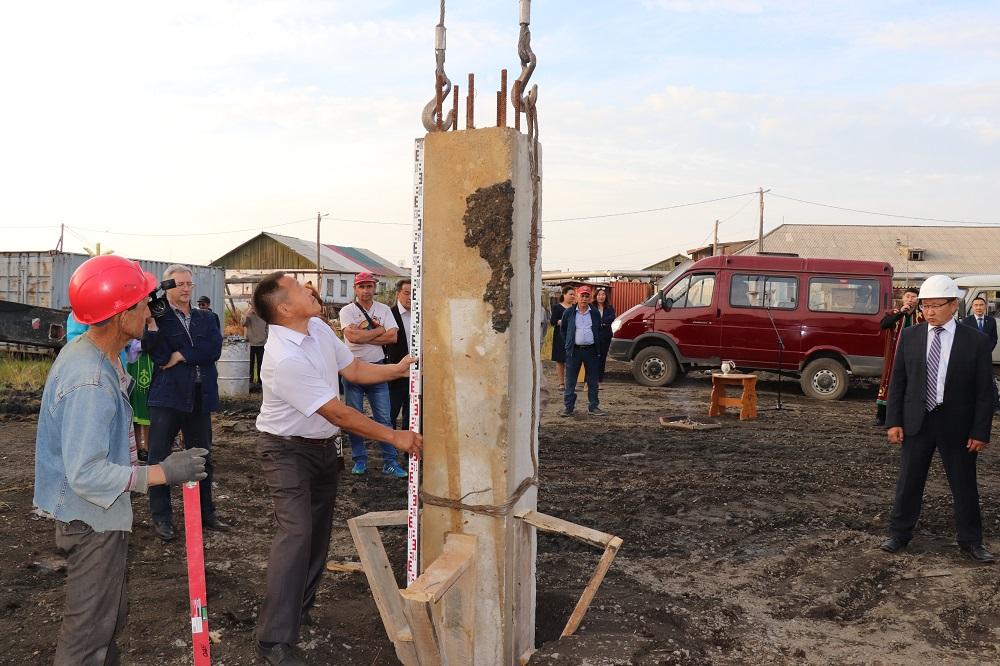 В Среднеколымске начато строительство Многофункционального спорткомплекса