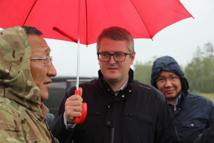Владимир Солодов обсудил перспективы развития сельского хозяйства в Мегино-Кангаласском районе