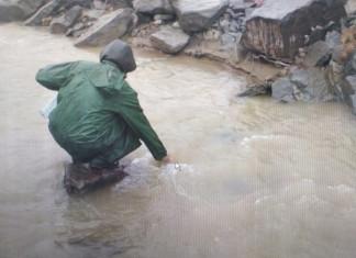 Загрязнение реки Рэдэрга в Алданском районе допустила добывающая компания