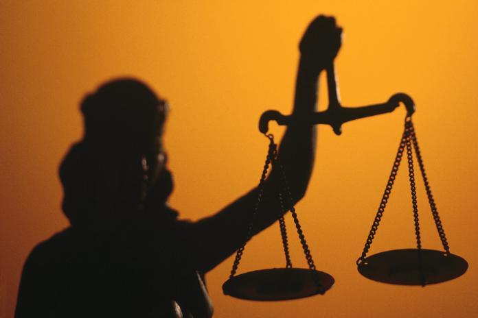 Взяточника приговорили к 3 годам строгого режима и штрафу в 5 миллионов рублей