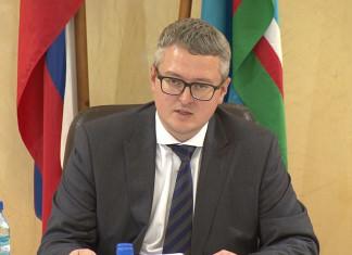 Владимир Солодов потребовал полностью выполнить программу по переселению граждан