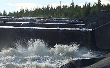 АЛРОСА восстановила систему дамб на Иреляхском водохранилище