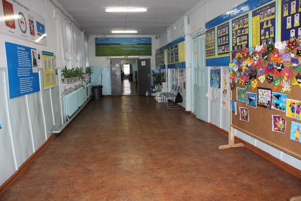В Вилюйском улусе по инициативе жителей ведется ремонт школы