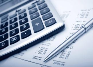 Более 2,5 млрд. рублей направят на повышение зарплаты бюджетникам в Якутии