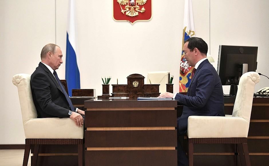 Владимир Путин поддержал предложение врио главы Якутии по созданию новых учебных мест