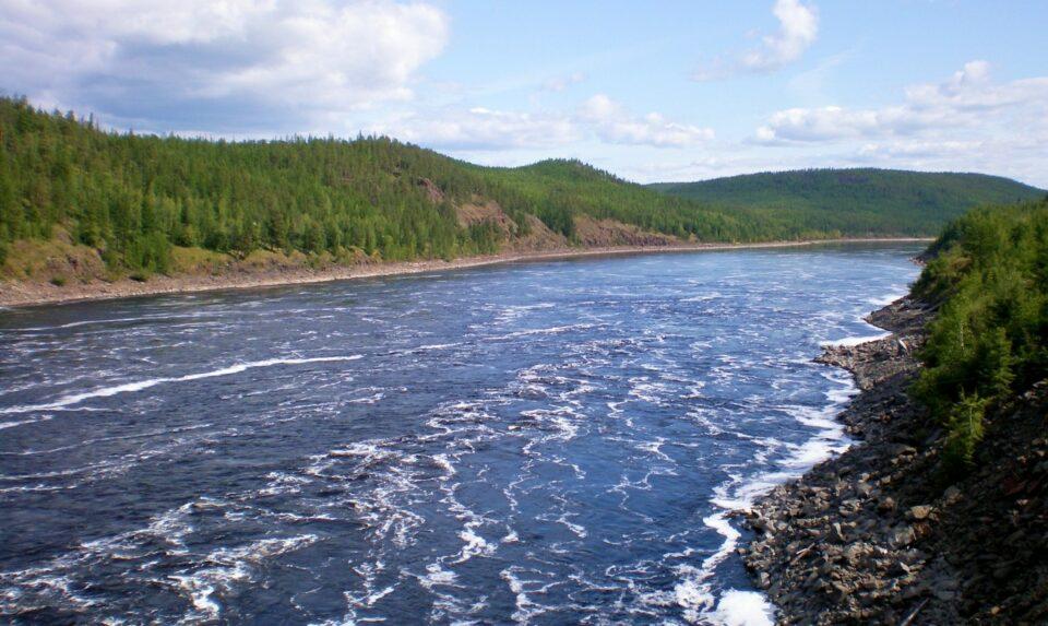 На участке реки Алдан в Якутии сформировался максимум дождевого паводка