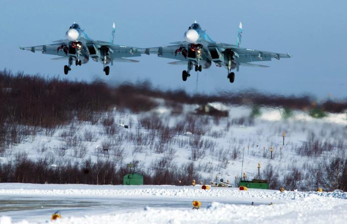 В Арктике прошли манёвры войск