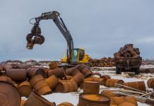 Военные начали очищать Арктику от металлолома