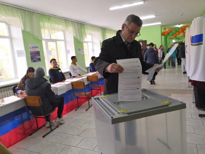 Гаврил Парахин отметил, что его радуют очереди на избирательных участках