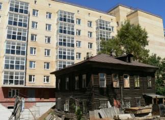 Предоставить новое жильё взамен аварийного обязала прокуратура мэрию Якутска