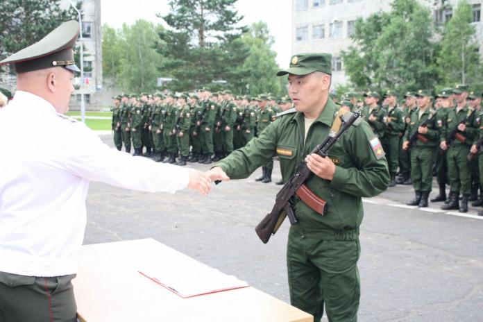 Владимир Путин подписал указ о призыве в армию 132 тысяч человек