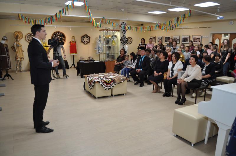 Мирный выставка школы Сюльдюкар
