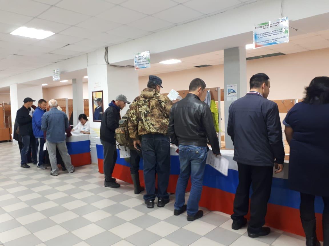 В Томпонском районе проголосовали 35,5% избирателей