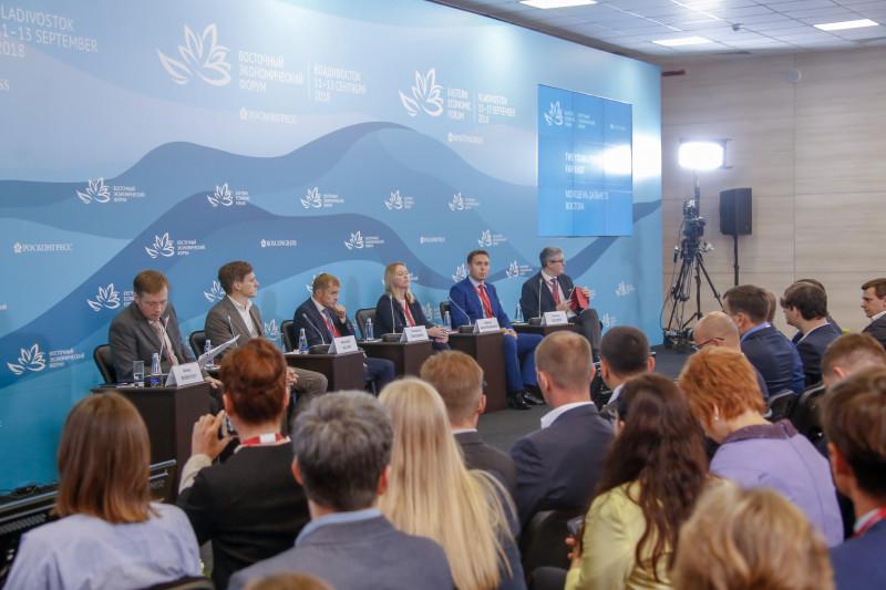 """Надо мешать молодым предпринимателям: На ВЭФ обсудили успешные """"неудачи"""" якутского бизнеса"""