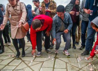 Акция «Зажги свечу» прошла сегодня в Якутске