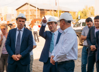 Айсен Николаев занял 10 место в ТОП-50 глав регионов в сфере ЖКХ
