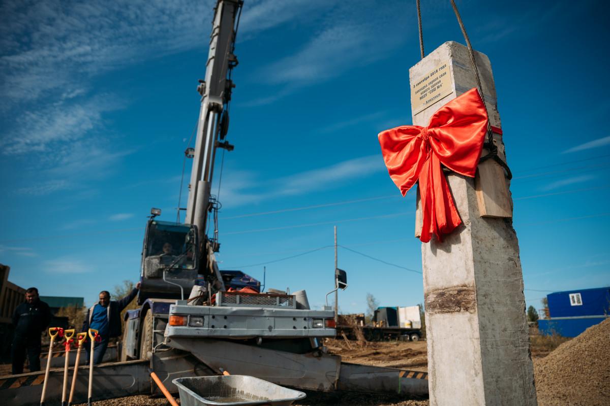 Первая свая под новую школу забита в поселке Алмазный Мирнинской района