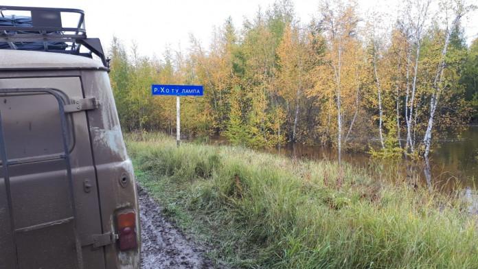 В Татинском районе ведутся работы по восстановлению дорог