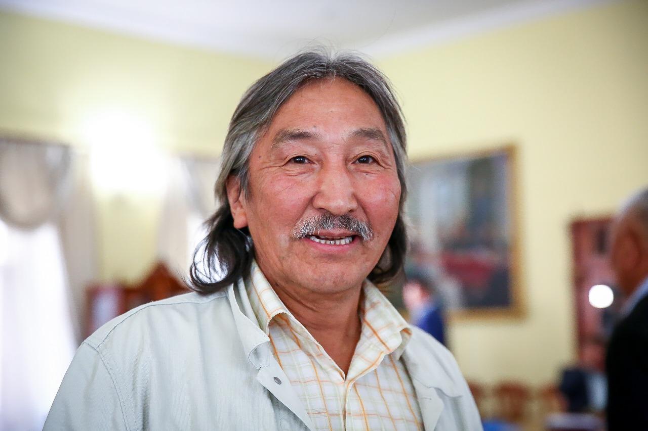 Худрук ансамбля «Кыталык» Василий Винокуров назвал выборы 9 сентября особенными