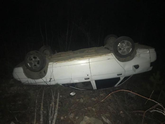В Алдане пьяный водитель съехал в кювет и перевернулся