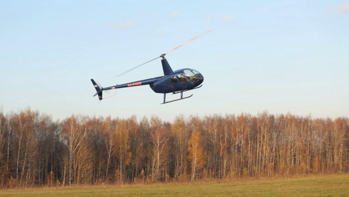 Вертолёт совершил жёсткую посадку в Момском районе