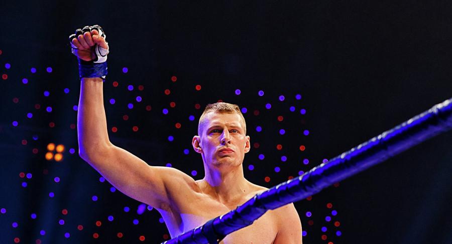 В Сети появилось видео с нокаутом Волкова на турнире UFC 229