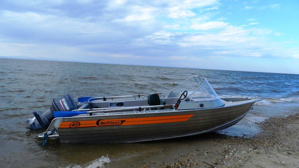 На судовладельца перевернувшейся на Алдане лодки завели уголовное дело