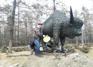 На въезде в село Сыдыбыл Вилюйского улуса появился памятник бизону