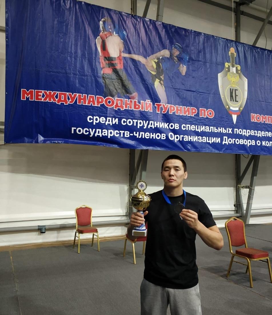 Судебный пристав из Якутии выиграл «серебро» на международном турнире среди силовиков