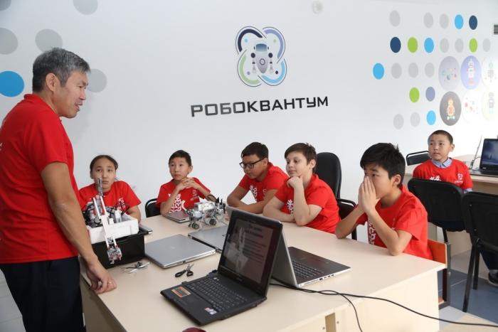 В районах Якутии планируют открыть центры технического творчества детей