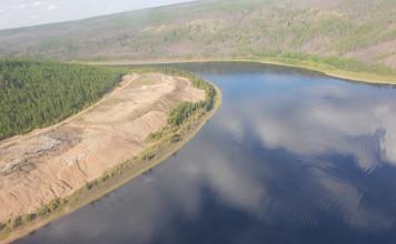 Айсен Николаев рассказал о ситуации с загрязнением реки Вилюй