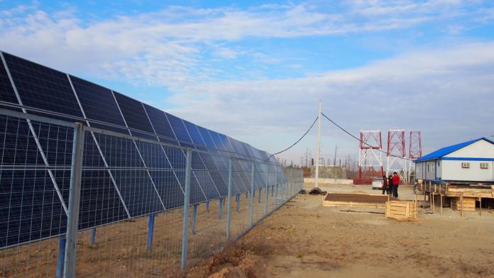 «Железные дороги Якутии» увеличили мощность солнечной электростанции на станции Кердем