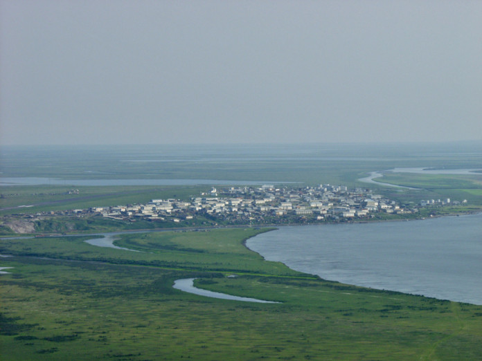 В Якутии третьи сутки ищут капитана теплохода. Озвучена версия исчезновения