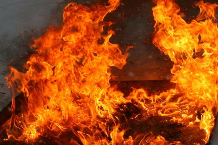 В Якутске и Амгинском улусе горели гаражи и дома