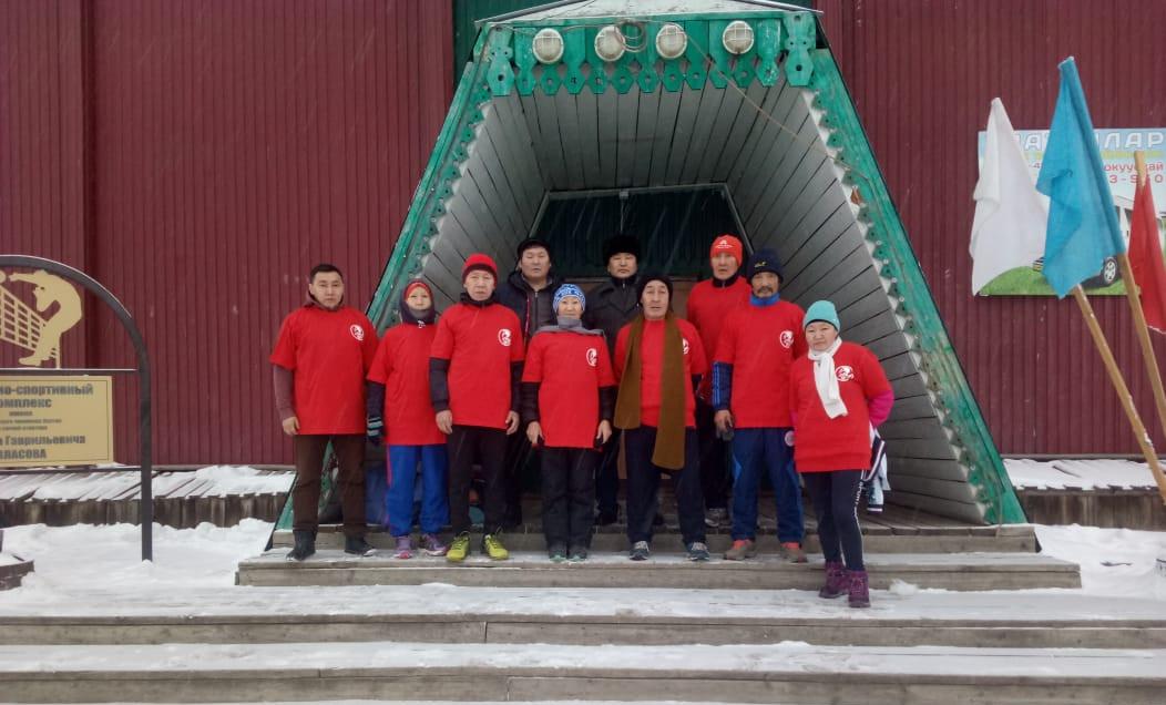 Таттинские спортсмены пробегут 125 километров в честь юбилея Платона Ойунского