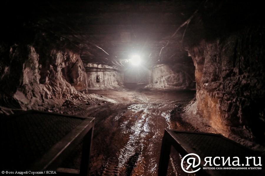На шахте «Денисовская» приступили к разбору завала