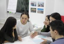 """Проблемы трудоустройства выпускников: в """"Точке кипения"""" объясняли, как найти работу молодым"""