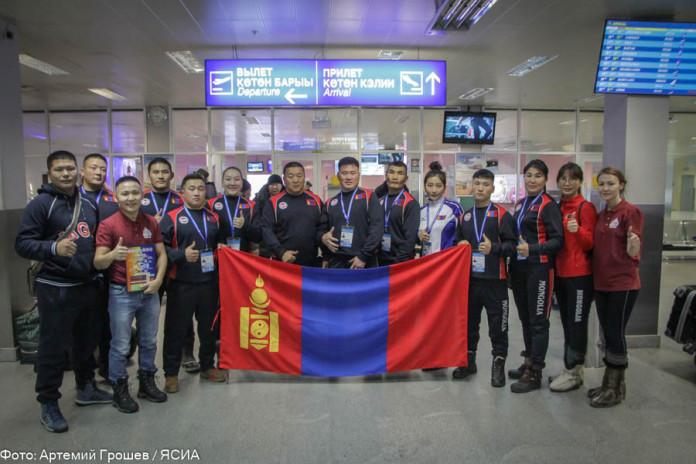 Спортсмены из Монголии прибыли в Якутск на чемпионат мира по мас-рестлингу