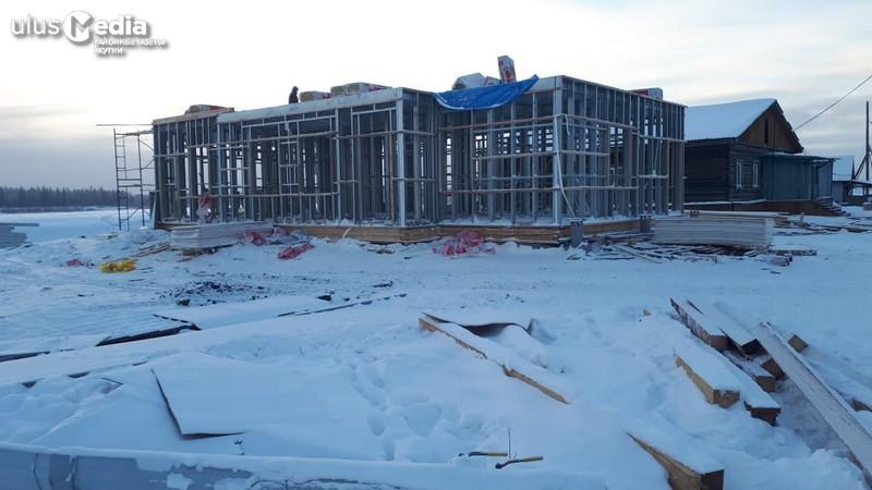 В Томпонском районе строят фельдшерско-акушерский пункт