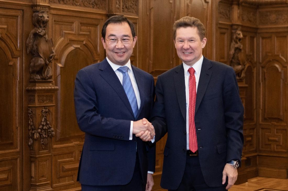 "Айсен Николаев и Алексей Миллер обсудили сотрудничество Якутии и ""Газпрома"""
