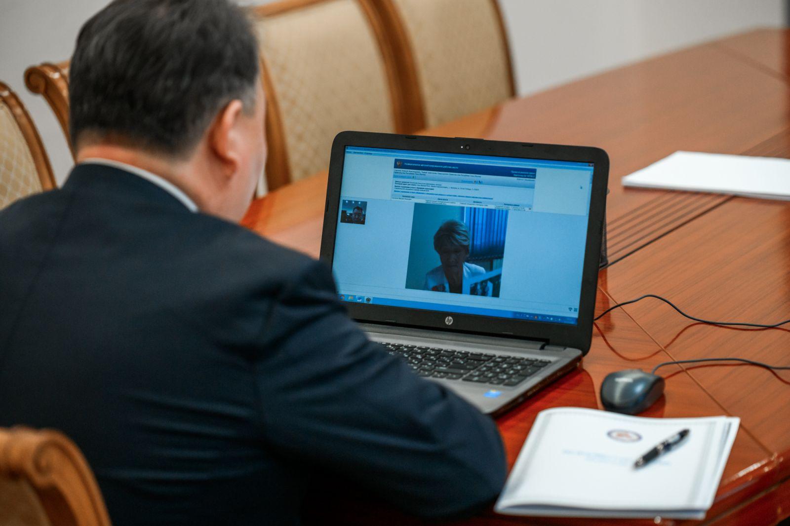 Первый вице-премьер правительства Якутии Алексей Стручков провел приём граждан