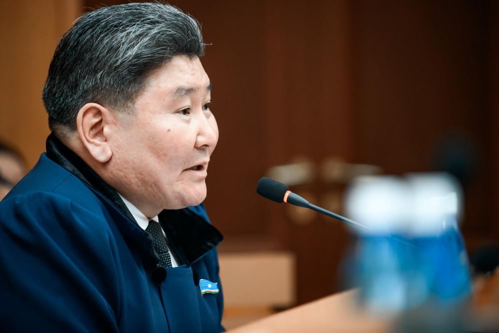 Юрий Николаев: Консолидированная работа позволила принять проект бюджета Якутии быстро