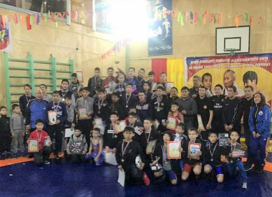 В Среднеколымском районе состоялся турнир по борьбе на призы семьи Чукровых