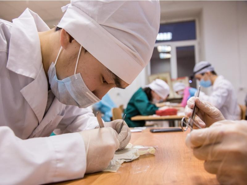 125 выпускников Мединститута стали участниками программы «Земский доктор»