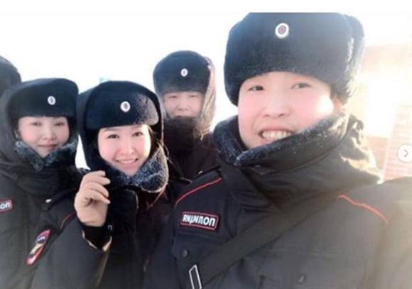 Полицейские Якутии запустили зимний флеш-моб