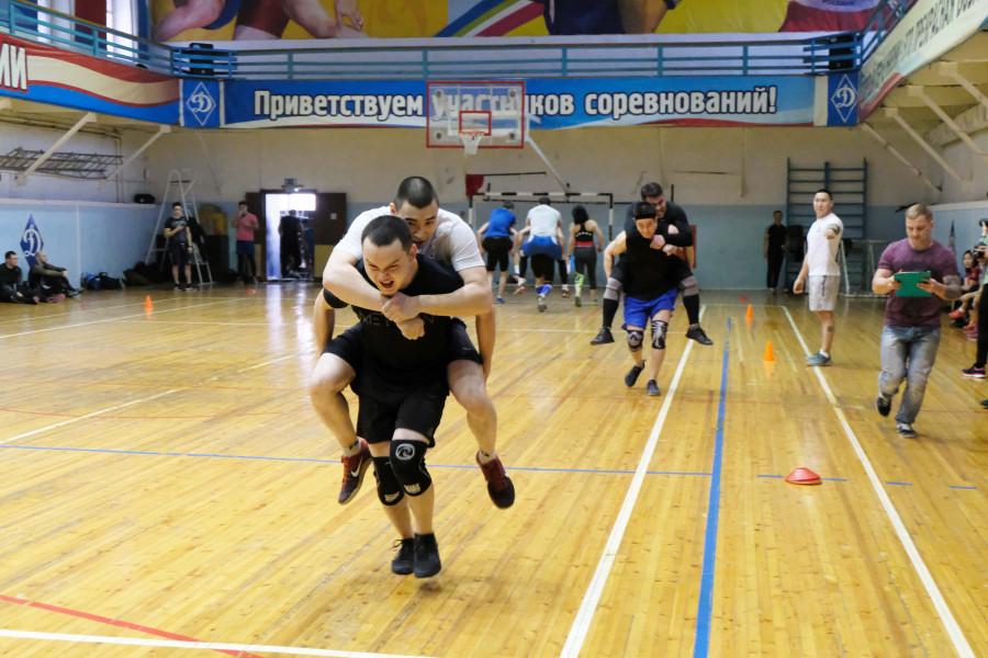 Росгвардейцы стали сильнейшими кроссфитерами на турнире спецподразделений