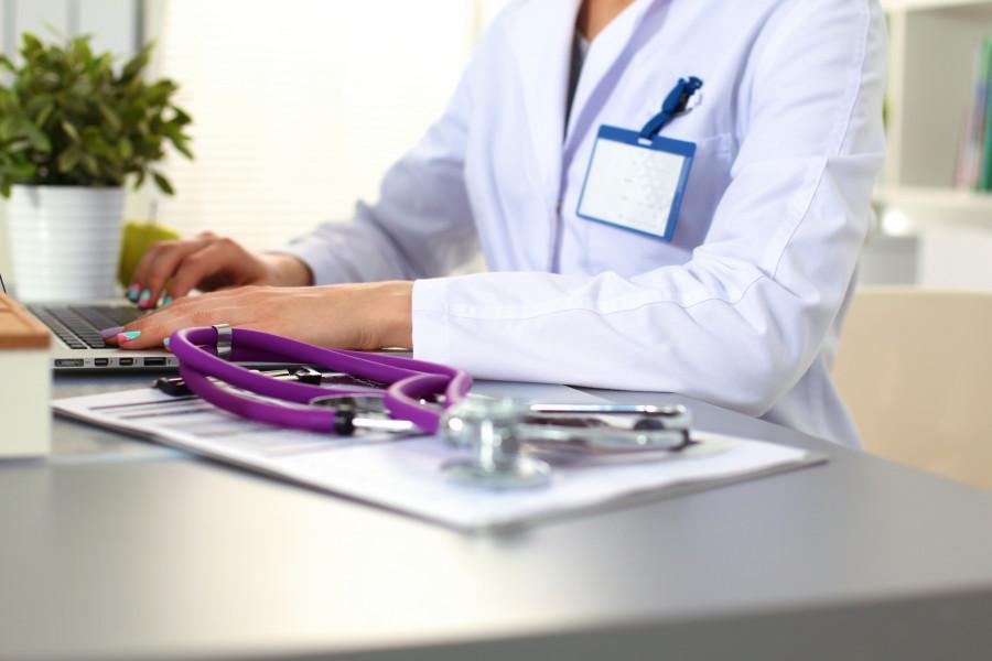 Власти Якутии рассчитывают увеличить численность медиков на 9% к 2024 году