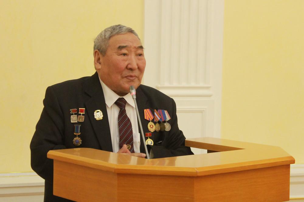 Якутский документалист Николай Сантаев отмечает 80-летие