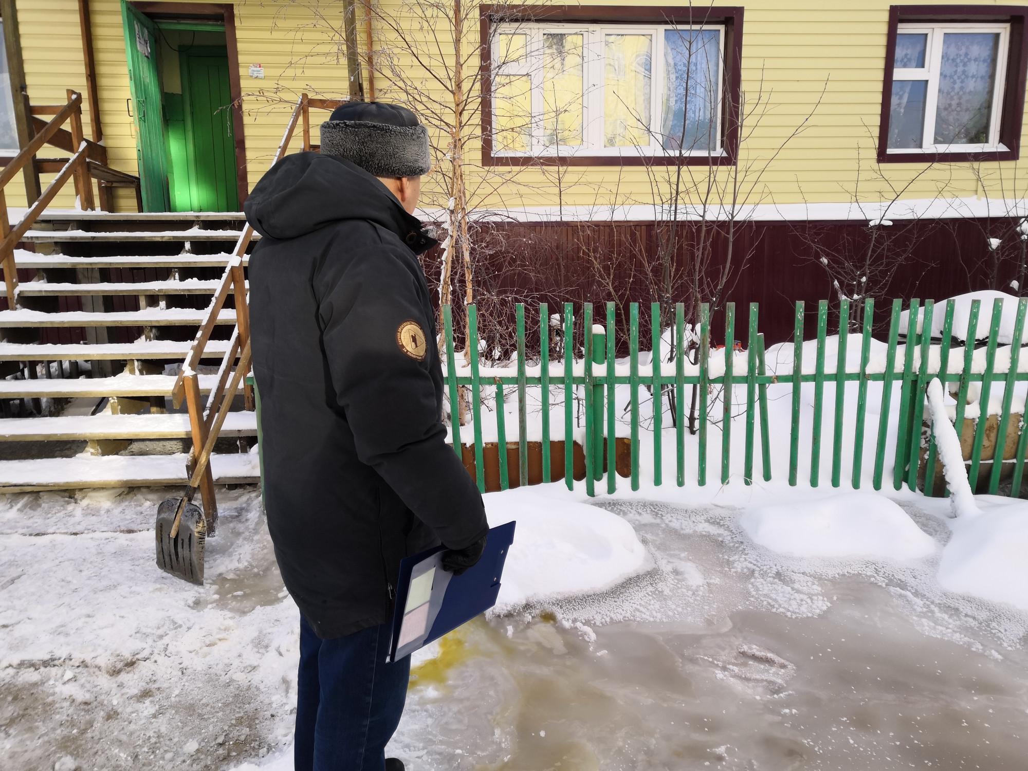 УК, заморозившей канализацию в Якутске, грозит штраф в 50 тысяч рублей